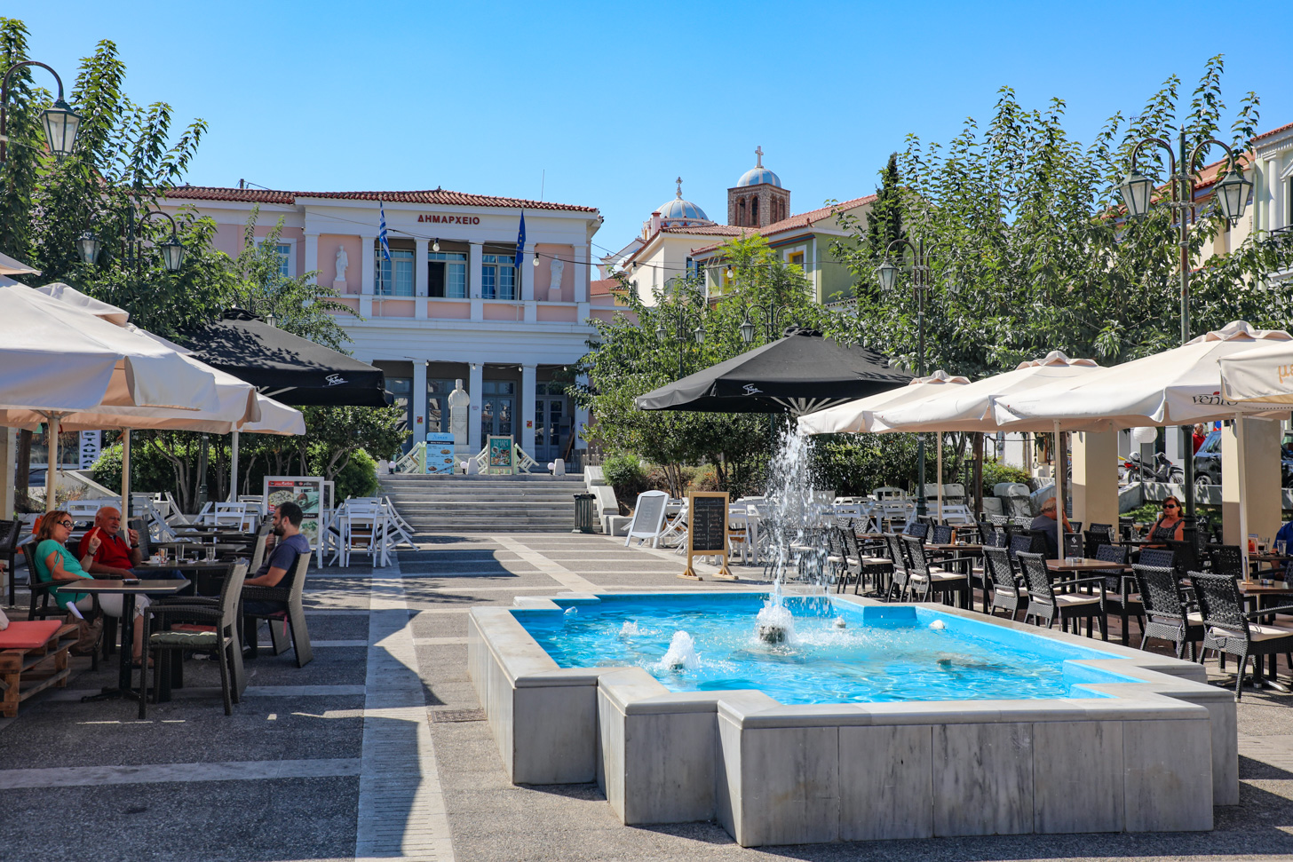 Karlovassi; de tweede stad van het eiland Samos