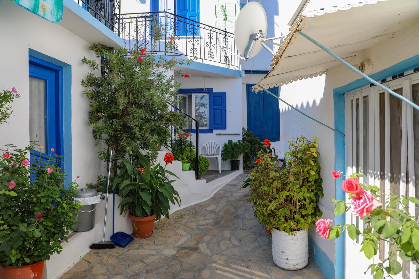 Het kunstenaarsdorp Manolátes